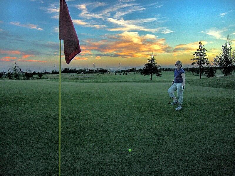File:Golf twilight golf.jpg