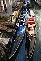 Gondole ormeggiate a Campo Manin (Venezia, 30 giugno 2005).jpg