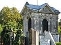 Grabkapelle Salcher Friedhof Mauer.jpg