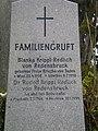 Grinzinger Friedhof - Grab Krippl-Redlich von Redensbruck 2.jpg