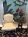 HK ISL Island Shangri-La Hong Kong 港島香格里拉酒店 hotel armchair Dec-2012.JPG