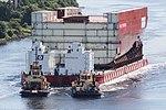 HMS Prince of Wales LB04 Move (20609112576).jpg