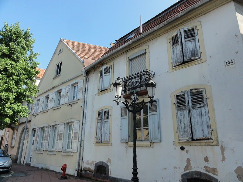 File:Haguenau Grand'Rue 166-164.JPG