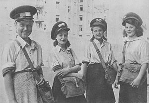 Gray Ranks - Girl-guide postmen during Warsaw Uprising