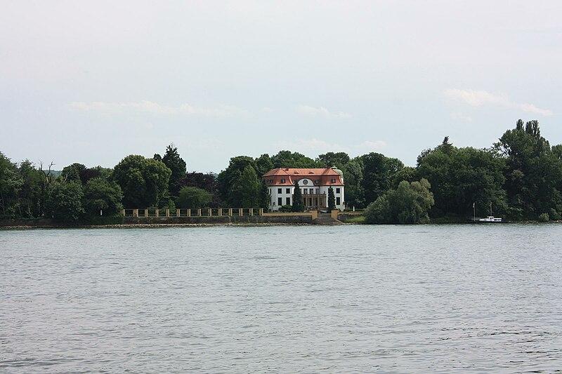 File:Heidesheim - Schloß Königsklinger Aue.jpg