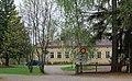 Heinolan pitäjänkirkko 07 pappilan pihapiiriä.jpg