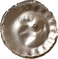 Helmhohlpfennig (alter Helmtyp), Landesdenkmalamt Berlin, Ausgrabung U5, 2164 – 4864.jpg