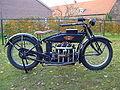 Henderson DeLuxe 1305 cc 1922.jpg