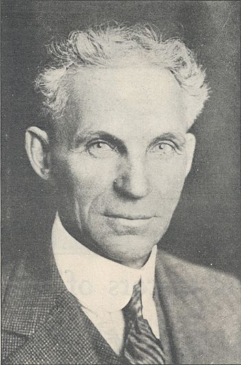 Henry Ford Biography Dare The Impossible