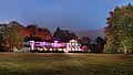 Herrenhaus Buchholz bei Nacht 2014.jpg