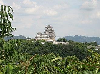 Himeji Castle - Image: Himeji Castle seen from west 02