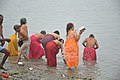 Hindu Devotees Taking Holy Dip In Ganga - Makar Sankranti Observance - Kolkata 2018-01-14 6612.JPG