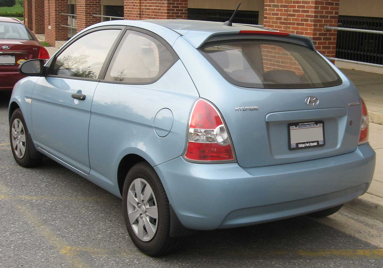 College Park Hyundai >> File:Hyundai Accent hatch.jpg - Wikimedia Commons