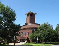 Image of St. Paul's United Methodist Church (founded as Methodist Episcopal) taken across 3rd Ave SE in 2008..jpg