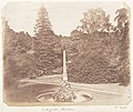 In the Garden. Blenheim MET DP143486.jpg