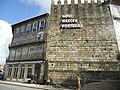 Inscrição de Aqui Nasceu Portugal, em Guimarães, durante as obras no Toural e Alameda de São Dâma.jpg