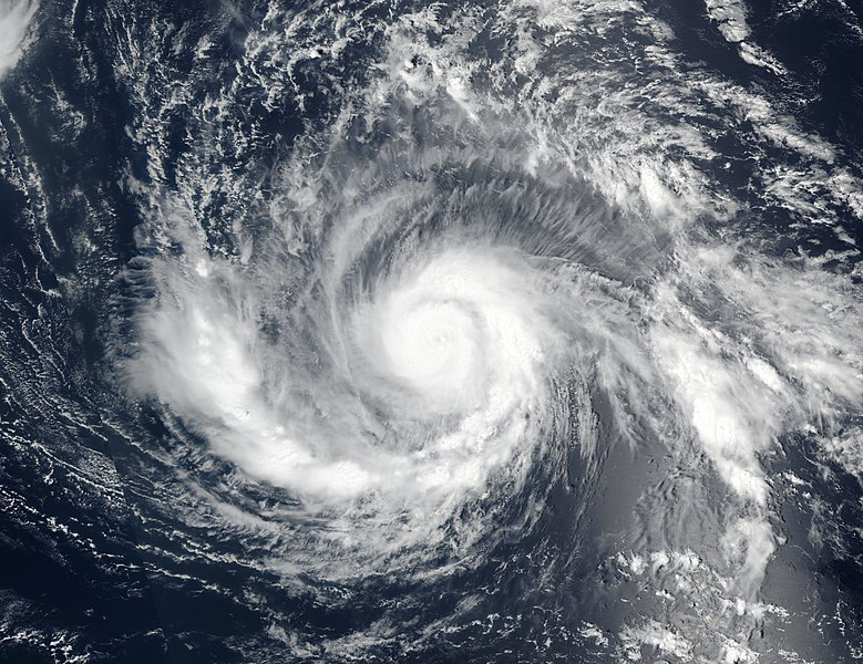 Época de furacões em Cuba