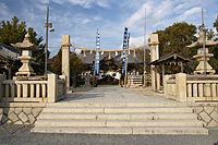 Iwatsuhime shrine003s2000.jpg