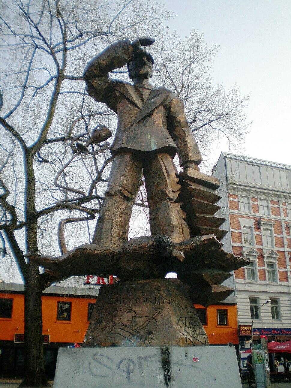 J%C3%B6rg Immendorff 1986, Hans- Albers-Denkmal (Hans Albers Memorial), Hamburg, Germany 6.jpg