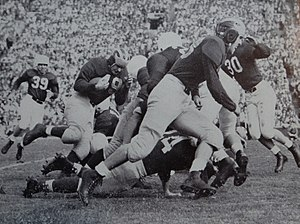 1947 Michigan Wolverines football team - Weisenberger blocks for Chappuis against Stanford