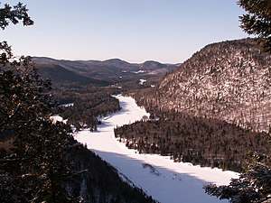 Jacques-Cartier River - Downstream view in winter from de l'Épaule hill, Jacques-Cartier National Park.
