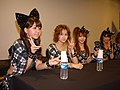 Japan Expo 2010 - Morning Musume - Conférence Presse - Day1 - P1440323.jpg
