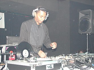 DJ mix - Image: Jeff Mills 2