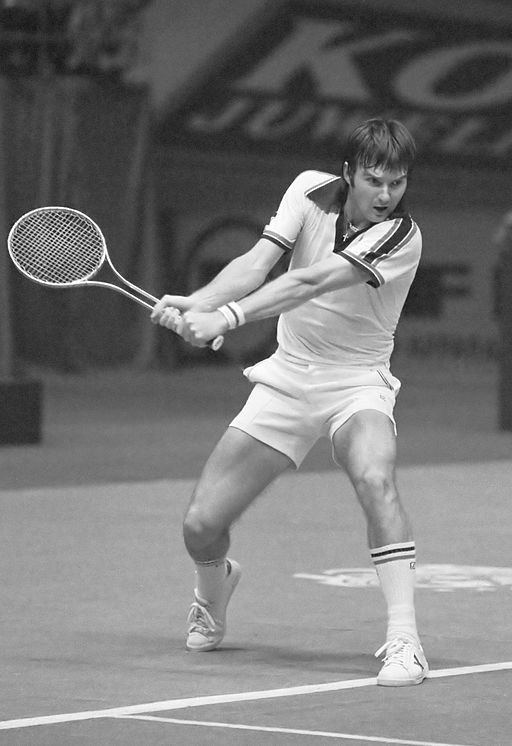 Jimmy Connors 2 (1978) By Koen Suyk / Anefo (Nationaal Archief) [CC BY 4.0 https://creativecommons.org/licenses/by/4.0)%5D, via Wikimedia Commons