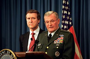 John Shalikashvili - U.S. Secretary of Defense William Cohen (left) and Shalikashvili (right) at a Pentagon briefing on July 31, 1997.