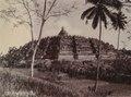 KITLV - 110407 - Kurkdjian - Soerabaia - Borobudur in Magelang - circa 1925.tif