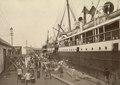 KITLV - 79929 - Kleingrothe, C.J. - Medan - Boat station in Tanjong Pagar, Singapore - circa 1910.tif