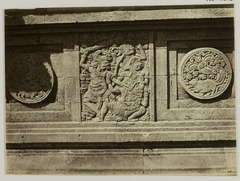 KITLV 28282 - Isidore van Kinsbergen - Relief with part of the Ramayana epic on the north side of Panataran, Kediri - 1867-02-1867-06.tif