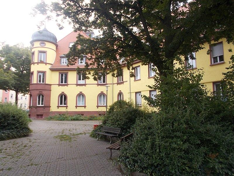 File:Kaiserslautern Altenheim Friedrich-Karl-Str. 1-3.jpg