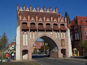 Malchin - Brick Gothic town gate of Malchin (Kalensches Tor)