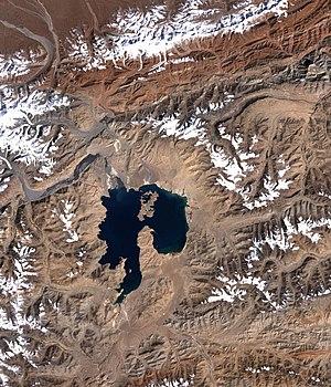 Karakul (Tajikistan) - Image: Kara kul lake