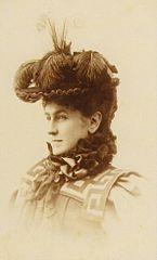 Katharina Schratt with a feathered hat.jpg