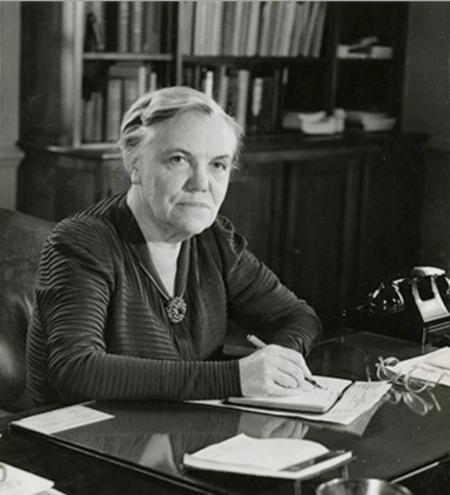 Katharine Blunt.png
