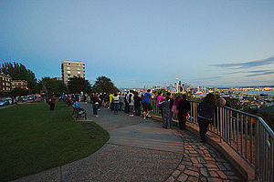 Kerry Park (Seattle) - On clear evenings, Kerry Park is often crowded with people taking photos of the Seattle skyline.