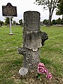 Kilsoquah Headstone Roanoke Indiana Glenwood Cemetery 01.jpg