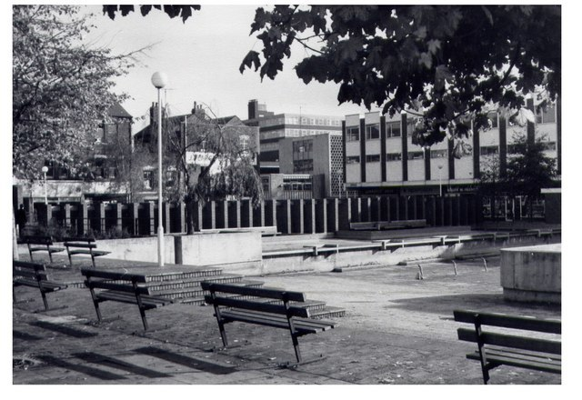 King's Square, Gloucester - geograph.org.uk - 469564