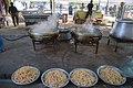 Kitchens in Iran آشپزخانه ها و ایستگاه های صلواتی در شهر مهران در ایام اربعین 132.jpg