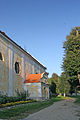 Kostel Nanebevzetí Panny Marie ve Vranově nad Dyjí boční vchod.JPG