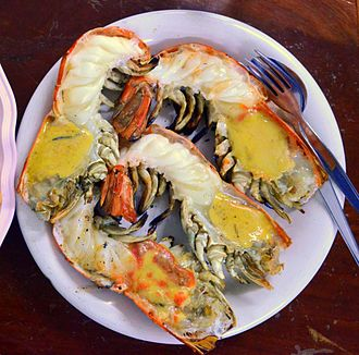 Macrobrachium rosenbergii - Grilled giant river prawns in Thai cuisine; each (whole) prawn weighing around 500 g