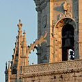 Léglise Sainte-Marie au lever du soleil (Lisbonne) (1454116316).jpg