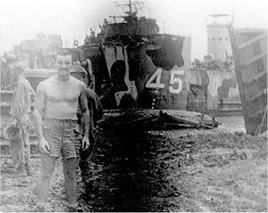 USS LSM-45 - Image: LSM 45 beached at Cebu 1945