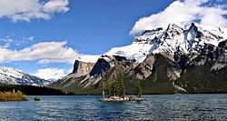 Lake Minnewanka 11092005.jpg