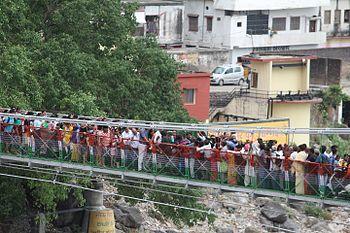 Lakshman Jhula Crowd, Rishikesh.jpg