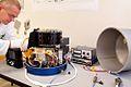 Lampencaroussel voor onderzoek aan boord van ISS tijdens montage in laboratorium TUe - foto Bart van Overbeeke 2003 01.jpg