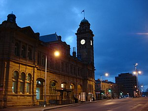 Hobart city centre - Image: Lascar Metro Office at dawn (Hobart) (4552446376)