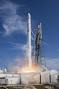 Launch of Falcon 9 carrying CRS-6 Dragon (16549846084).jpg